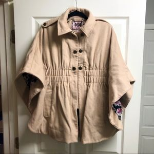 Juicy Couture Camel Wool Cape, Size Medium